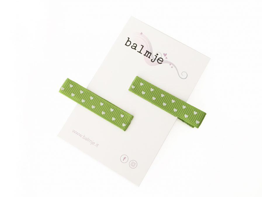 mollettine_semplici_cuoricini_bianco_verde_balmje